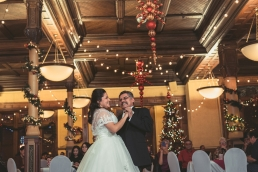 bride dancing with father daughter dance